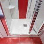 ¿Quieres modernizar tu cuarto de baño? Cambiar bañera por plato de ducha